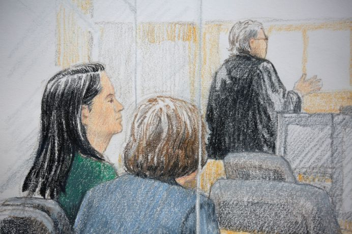 Huawei CFO Meng Wanzhou (L) appears at her B.C. Supreme Court bail hearing in a drawing in Canada. December 7, 2018. REUTERS/Jane Wolsak