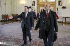 Deputy Foreign Minister Maciej Przemysław Lang meets with Abbas Araqchi, Iran's Deputy Foreign Minister, in Tehran. Jan 2018. Source: Kayhan London