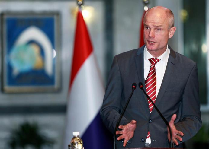 Dutch Foreign Minister Stef Blok speaks during a news conference at the Foreign Ministry in Baghdad, Iraq December 17, 2018. REUTERS/Thaier al-Sudani