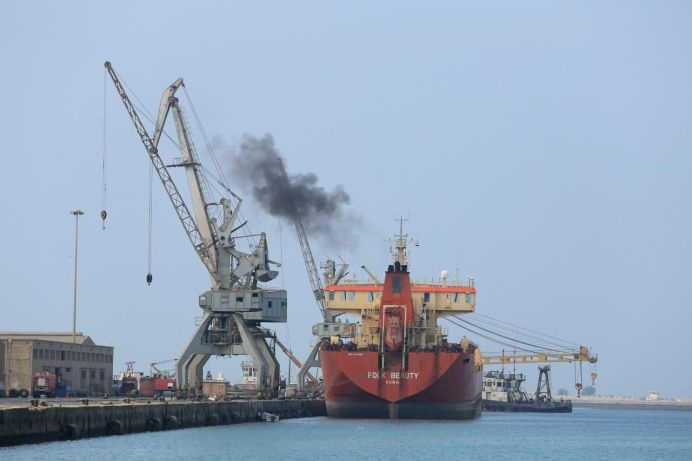 A ship unloads a cargo of fuel at the Red Sea port of Hodeida, Yemen April 1, 2018. REUTERS