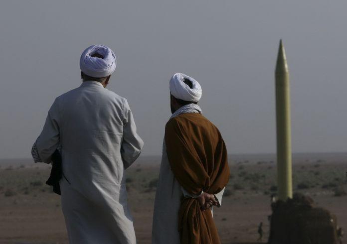 2011-06-28T120000Z_1007702487_GM1E76S183801_RTRMADP_3_IRAN