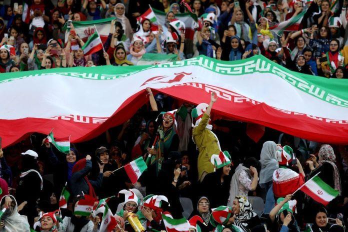 2019-10-10T153529Z_1709963298_RC1F184ED600_RTRMADP_3_IRAN-SOCCER-WOMEN