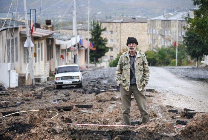 2020-10-06T164807Z_787234051_RC24DJ9R0PWN_RTRMADP_3_ARMENIA-AZERBAIJAN-1-scaled