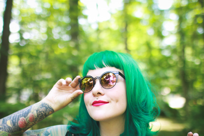 pink lipstick, the dainty squid, green hair, kaylah doolan