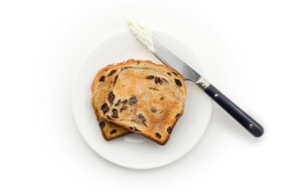 raisin toast & knife