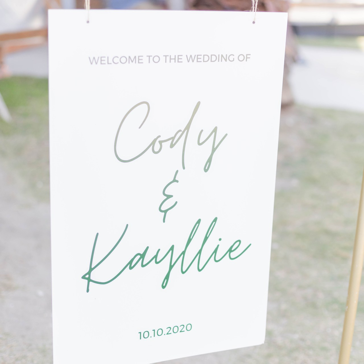 DIY Wedding Welcome Sign (so easy!)