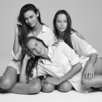Australia's Next Top Model Cycle 9 - Photoshoot 5 (White Shirt Shoot)