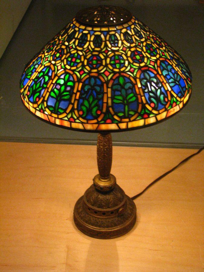 Bella's Lamp