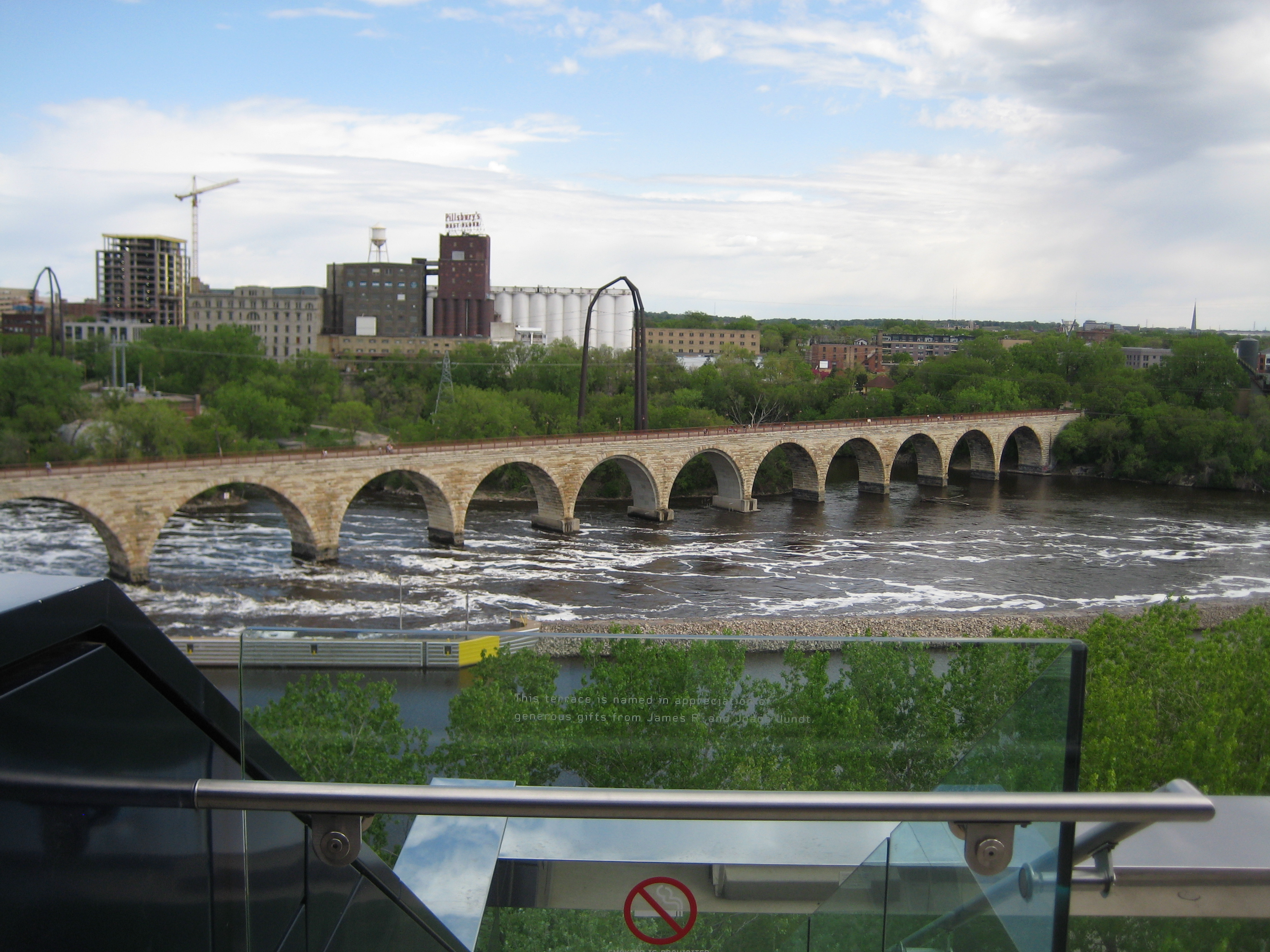 The Stone Arch Bridge:  Join Shareology on a walk across the Mississippi  River