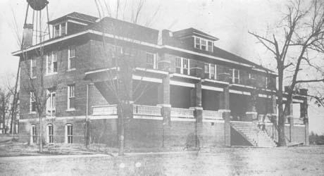 1910s Boys Dorm