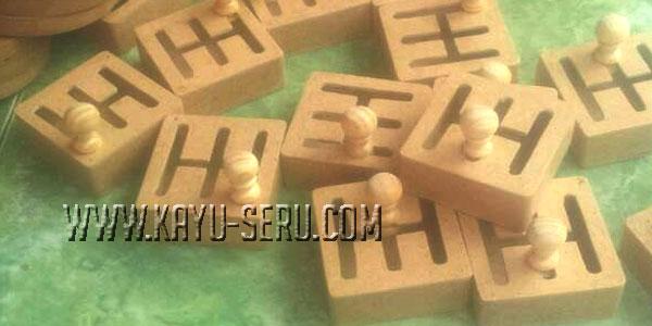 miniatur persneling - Maze Miniatur Persneling Mobil Dari Kayu