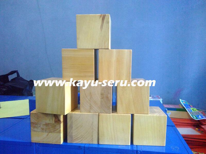 balok pinus 10cm - Membuat Balok Ukuran 10cm Dengan Kayu Pinus