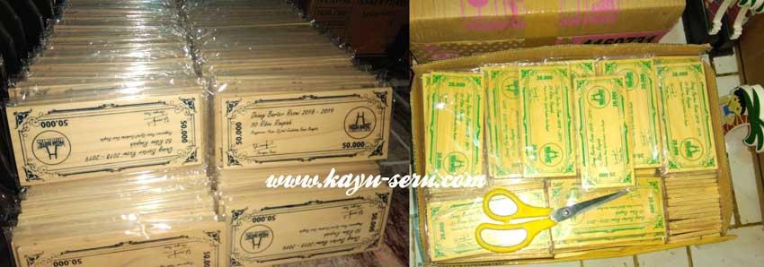 uang dari kayu - Membuat Uang Kayu, Alat Tukar Pasar Digital