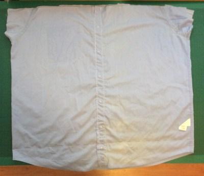 turn an old shirt into a shopping bag - mark a line along the bottom