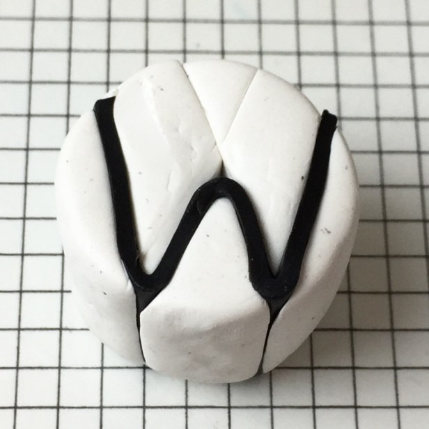 Letter W alphabet cane tutorial - insert black clay