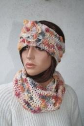 Ensemble bandeau à fleur et col snood au crochet, en laine et bambou - Création Kazamarie
