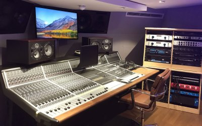 Nicholas Lloyd-Webber 5 Room Studio