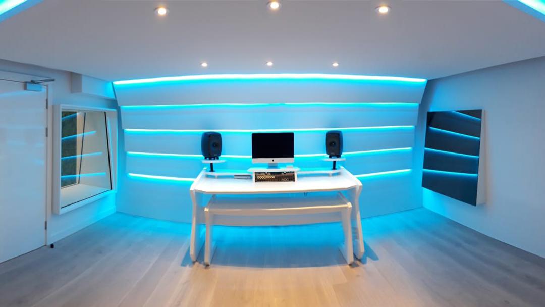 Kamille's New London Studio By Kazbar Systems