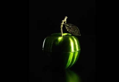 Le_Pomme_Vert_Candle_design_by_DL_Co._large