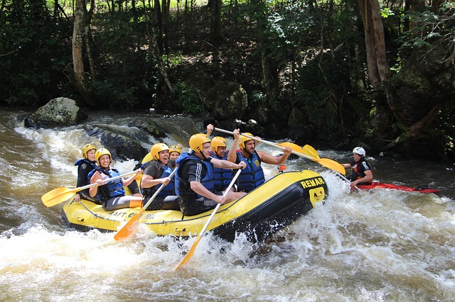 rafting-679719_640