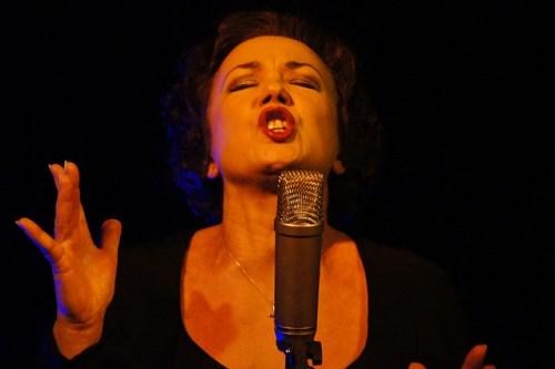 sing-201027_640
