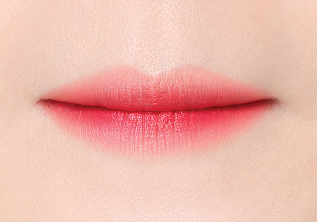 ruj-laneige-two-tone-lip-tint-how-to-use-04