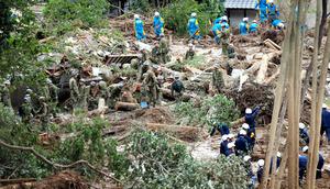 広島土砂災害、徹夜の捜索続く 千人以上が避難ほか今日の #スクラップ #2014 #8/20
