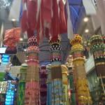 仙台七夕、天井から吊すだけの七夕飾りって、昔から多かったっけ? http://t.co/coWfhXBb78