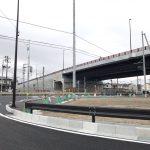 宮城県名取市、大手町下増田線。JR東北線の踏切閉鎖。 https://t.co/J0S2eQlPAz