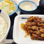 #カルビ焼肉定食 #松屋 33%増量中