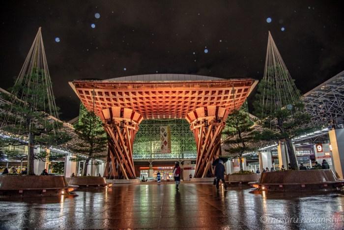 金沢駅鼓門ライトアップ
