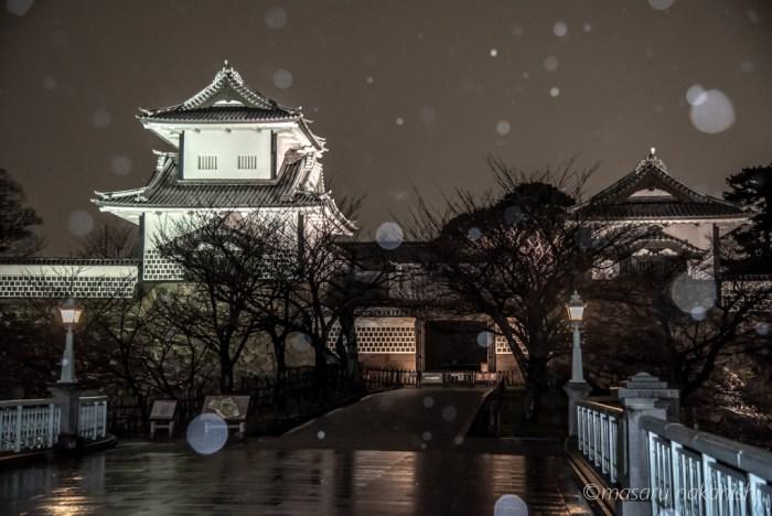 金沢城雪の夜
