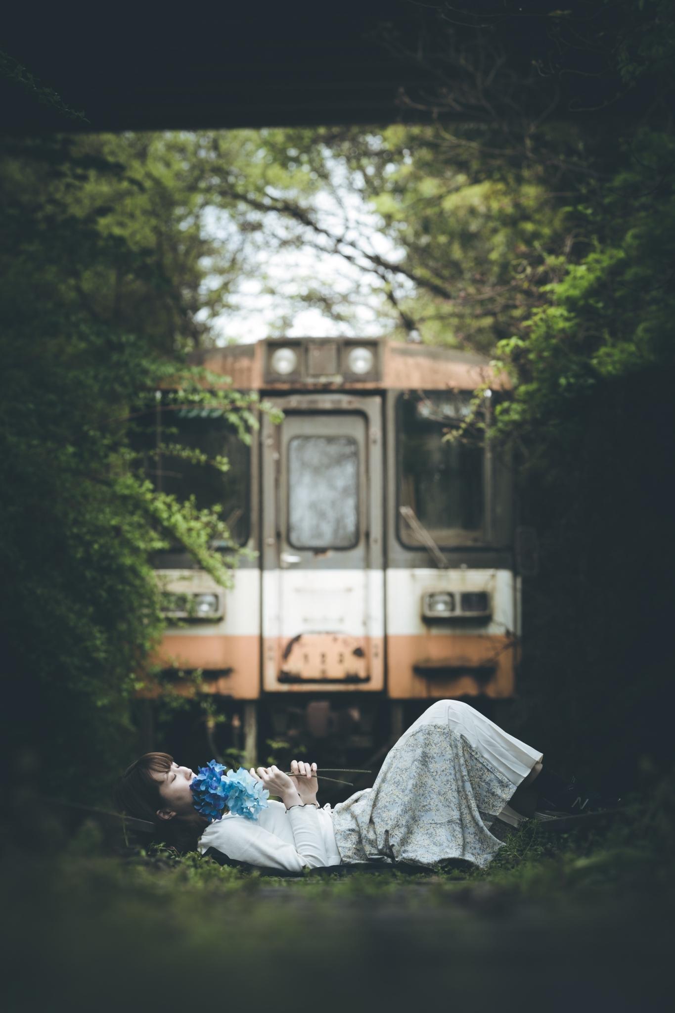 のと鉄道廃線跡と廃列車