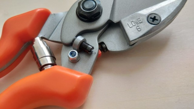 LOWE ライオン No.6104 アンビル式剪定鋏の性能・研ぎ方・手入れを解説 165