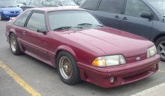 800px-Ford_Mustang_Liftback