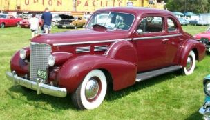 1938 Cadillac 75 Coupe