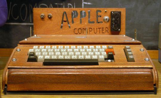 1976 год: Apple I
