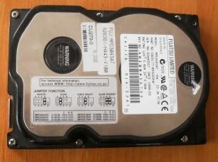 HDD Fujitsu MPD3043AT 4,32GB - 1999 год