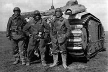 frantsuzskij-tank-char-b1-bis-02