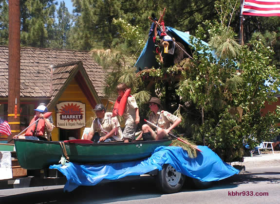 Local Boy Scouts and Cub Scouts designed their float, which earned them the top prize in the youth division.