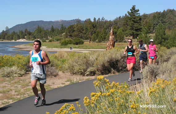 This year's marathon offered the most scenic of routes, most of which ran along Big Bear Lake (and, here, included the Alpine Pedal Path).