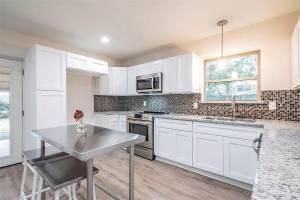 <br>KB Kitchen Remodel<br>© KB Stewart Construction, LLC.<br>