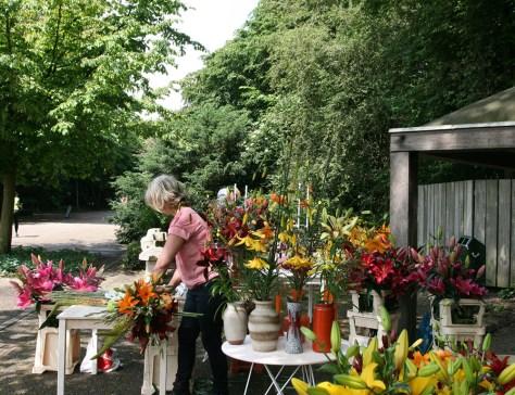 Flower arranging demonstration by Dorien van de Berg