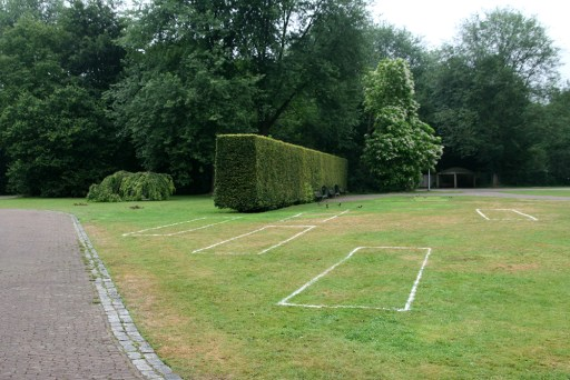 Reconstruction of Rosarium with chalk lines