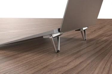 【新商品】ノートパソコンの底面に貼り付ける薄型スタンド「OWL-PCSTD02」が、オウルテックから発売