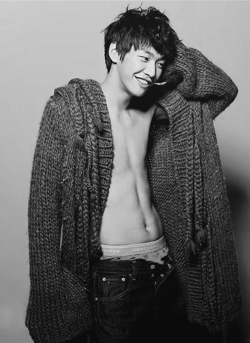 photography_asian-male-stars_korean-stars1_zpscc8f0296