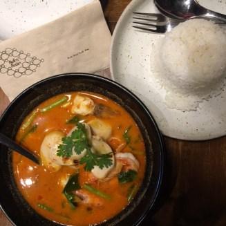 Tom Yum Goong Seafood: 200B++