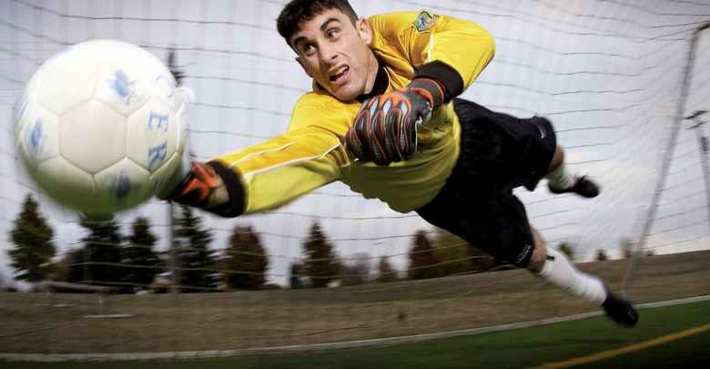 Goalkeeper in action. Photo: pexels.com