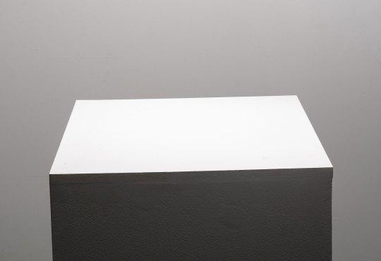 Gallery Glance: E.G. Schempf – Pedestal View