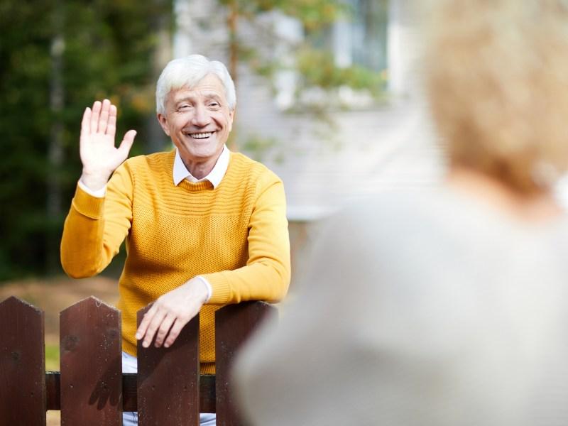 Nachbar Nachbarschaft Senior Senioren Ältere Garten